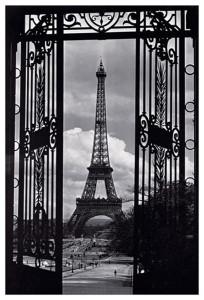 2400-0175 At the Gates of Paris